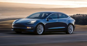 Elon Musk promises to fix Tesla Model 3 braking flaw