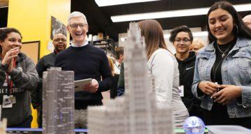 Tesla's chief engineer Doug Field returns to Apple