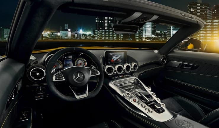 Mercedes-AMG GT S Roadster interior
