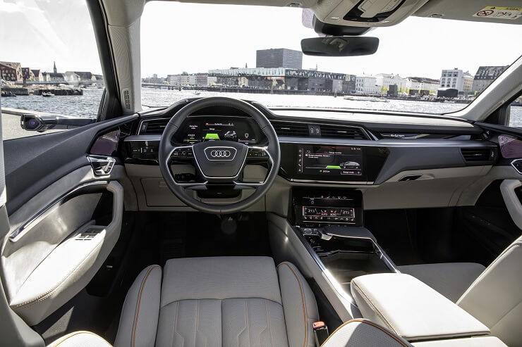 Audi e-tron Quattro Dashboard