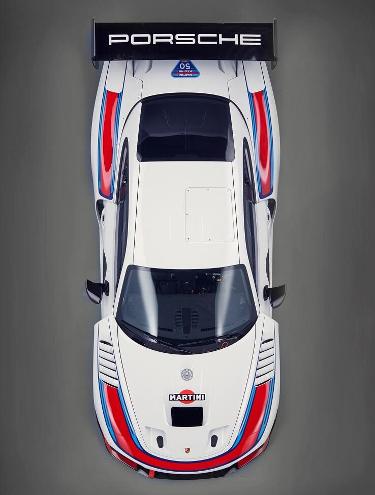 Porsche 935 race car new