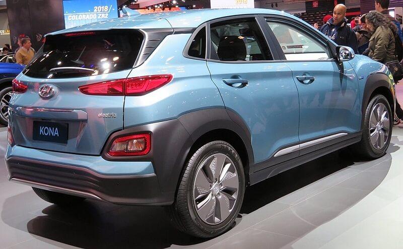 1024px-2019_Hyundai_Kona_Electric_rear_charging_4.2.18