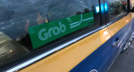 Grab to double Singapore Staff and improve its financial services