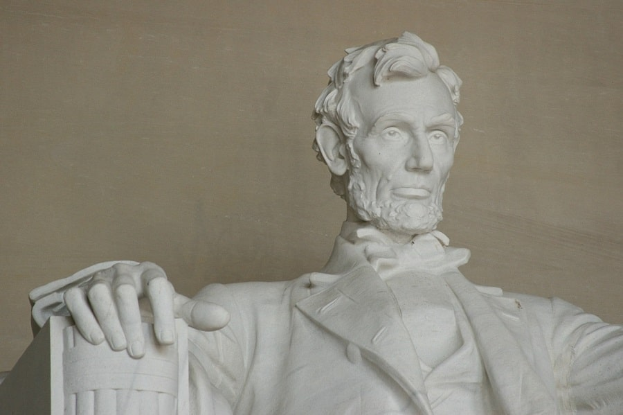 Abraham_Lincoln_great_leaders_history