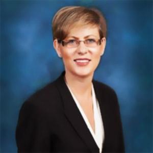 Headshot Lynn Torrel women leaders in supply chain