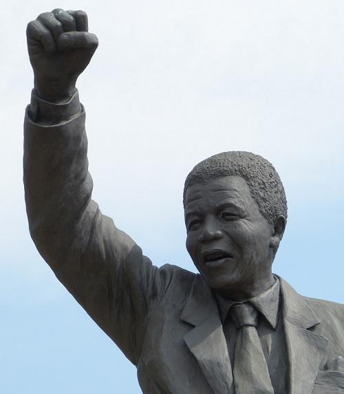 Nelson_Mandela_great_history_leaders