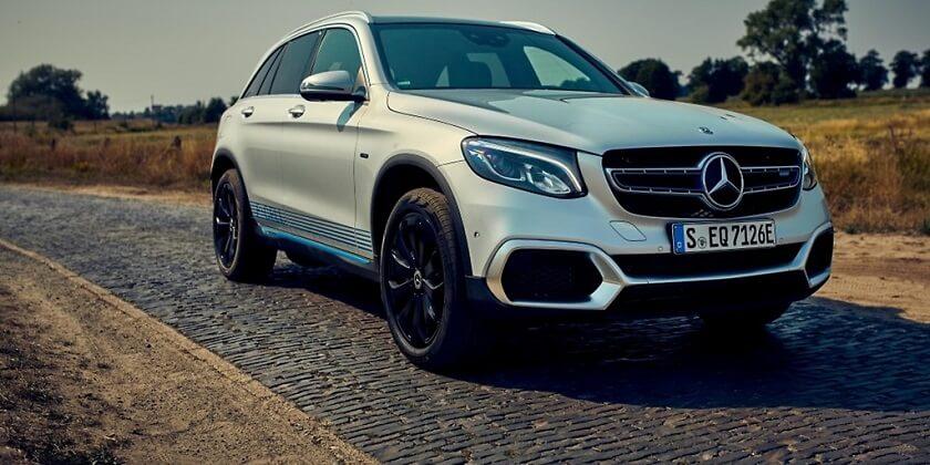 Daimler-Mercedes-Daimler-Hyfrogen-Fuel-Cell.