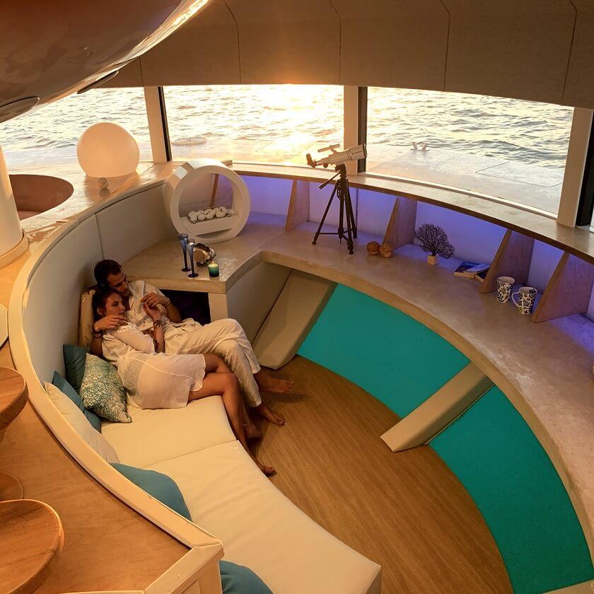 Anthenea eco-friendly sea luxury dome-shaped submersible