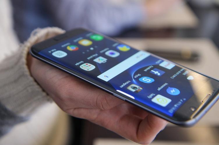 Samsung refurbished smartphones