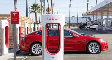 Goldman Sachs Rides on back of Tesla Share Upswing, Makes $100million this Summer