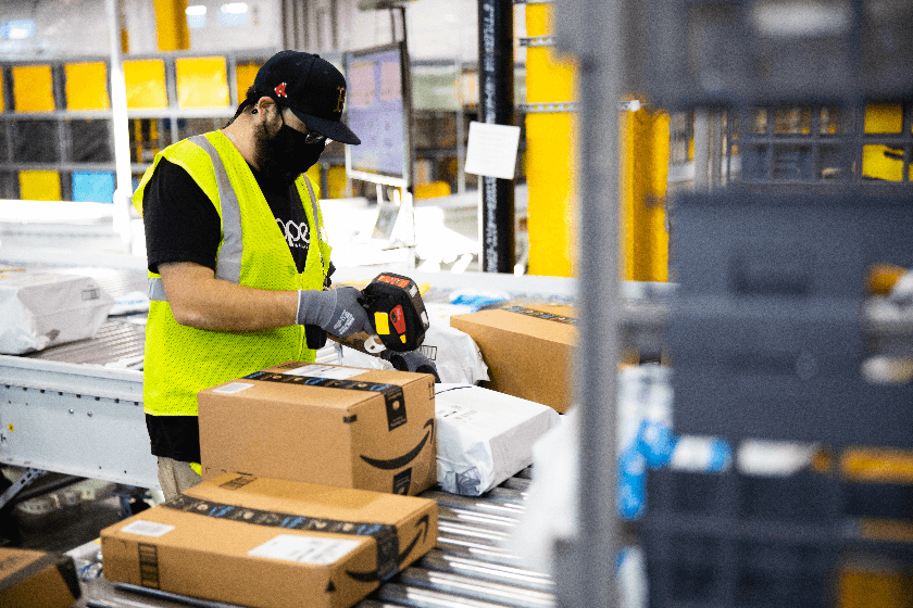 Amazon fulfillment center Mexico