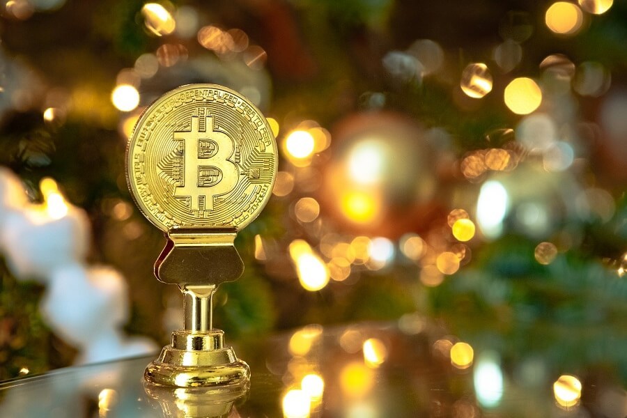 Bitcoin vs Gold Investment