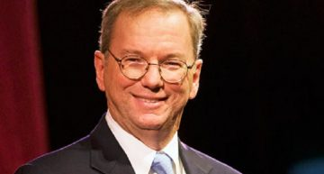 Eric Schmidt Backs Breakthrough Next-Gen Batteries by John Goodenough