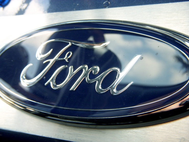 Ford reveals plans for better mileage
