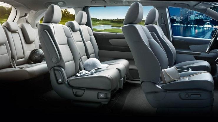 Honda-Odyssey-interior