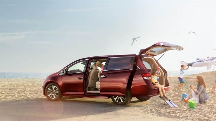 Honda-Odyssey-side