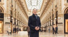 Howard Schultz: The World's Most Inspiring Business Communicator