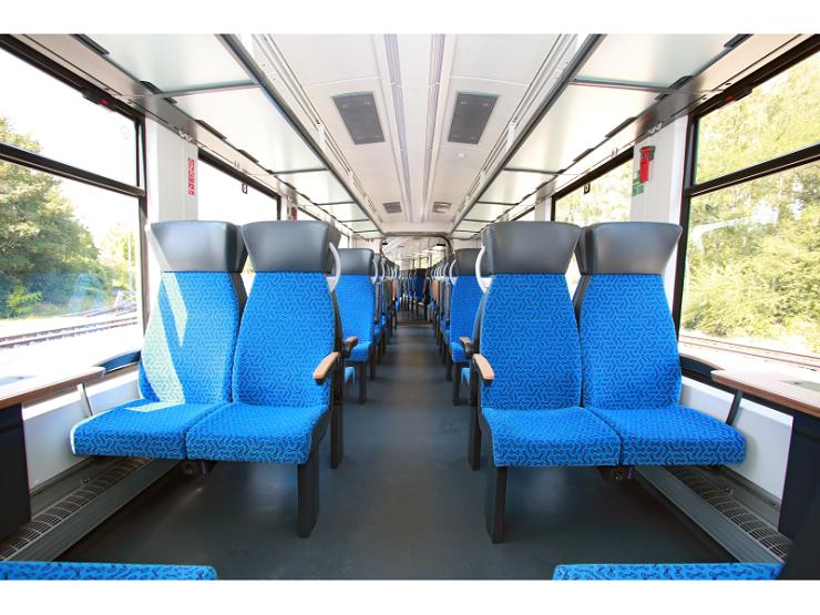 World's first zero-emissions hydrogen train02
