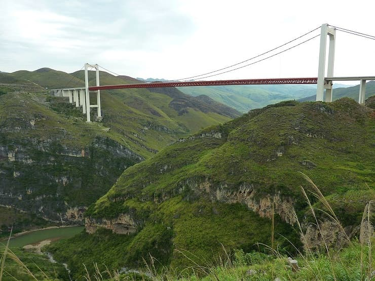 World's highest bridge in China