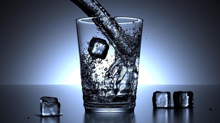 bottled water premium